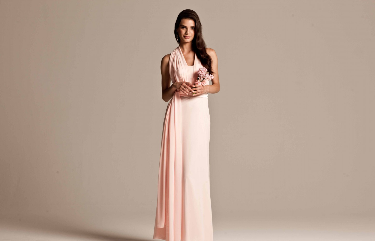 Pink bridesmaid dresses for your elegant bridesmaids